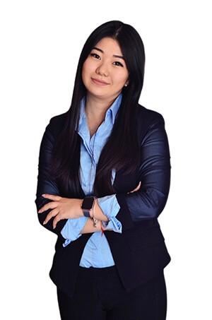 Yana Lee